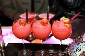 Mix bar drinks